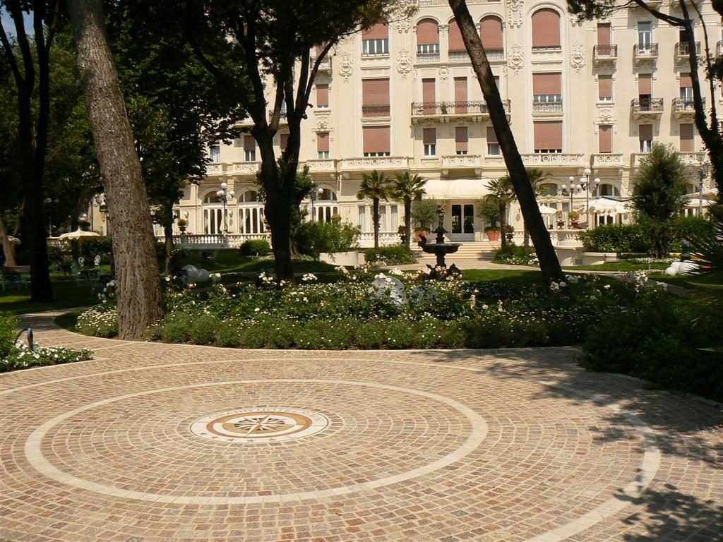 mediterrane baustoffe mediterrane bodenbel ge informaionen rund um fliesen terracotta und. Black Bedroom Furniture Sets. Home Design Ideas